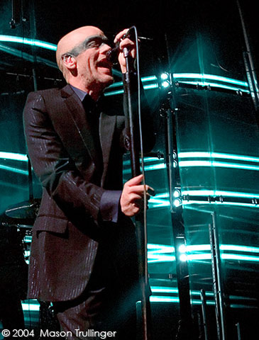 Michael Stipe, REM, R.E.M., Santa Barbara Bowl, photographer, music, concerts, photography, pictures, fotos